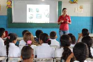 Escuela 23 de Enero culmina Tecnología Educativa