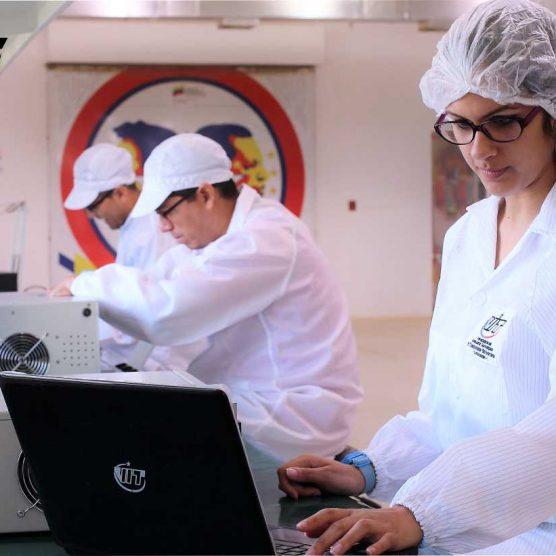 Laboratorio Hugo Chávez es desarrollo e investigación que contribuye al avance de la nación