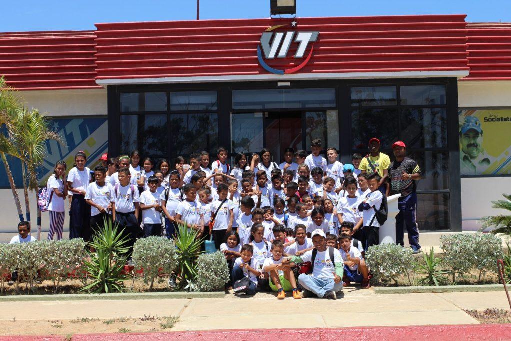 Plan vacacional de la Fundación Niño Simón aprendió sobre desarrollo de equipos tecnológicos en VIT