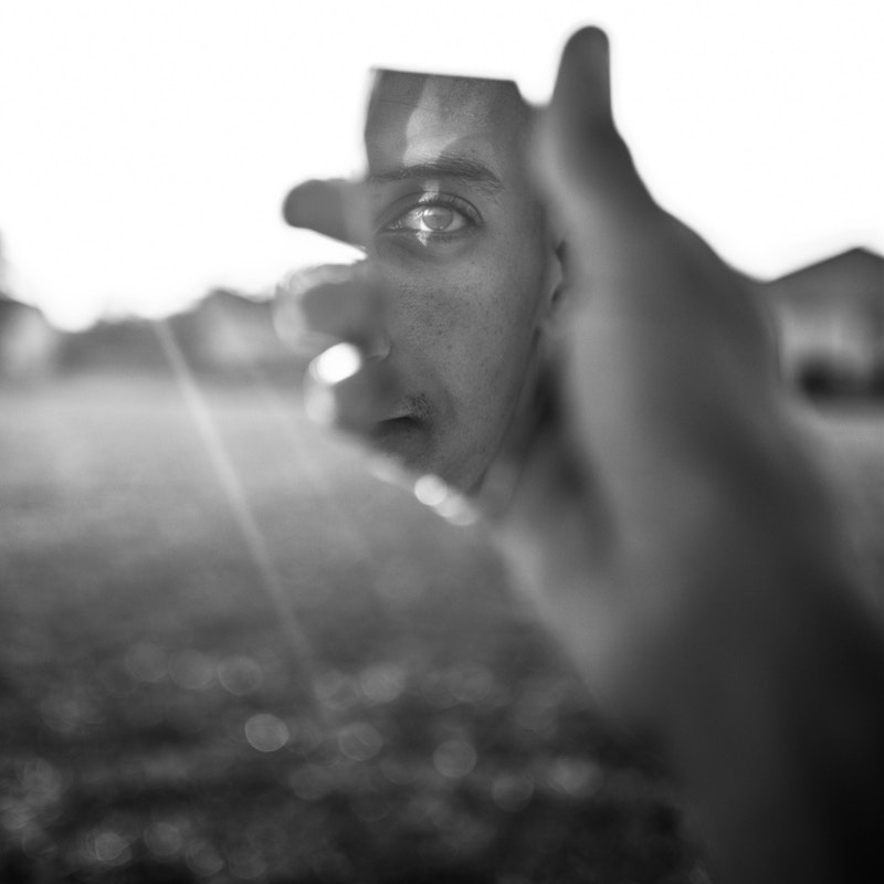 Brano: Uomo nello specchio ??️