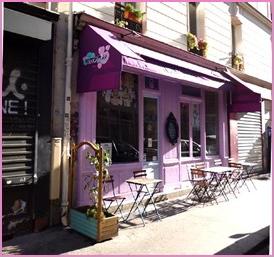 Kawaii-Cafe-facade