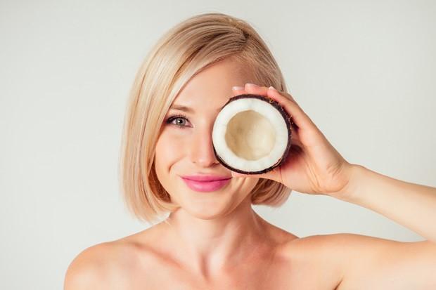 Óleo de coco: conheça os benefícios para mulher