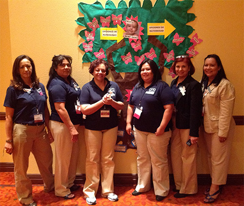 ÉPICO promotoras conducting a a workshop at a statewide CHW/Promotora conference.