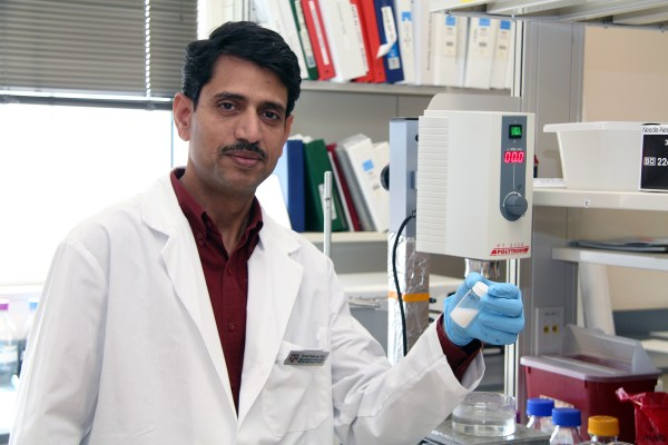Srinath Palakurthi, Ph.D., researchers a way to test generic eye medications in his lab.