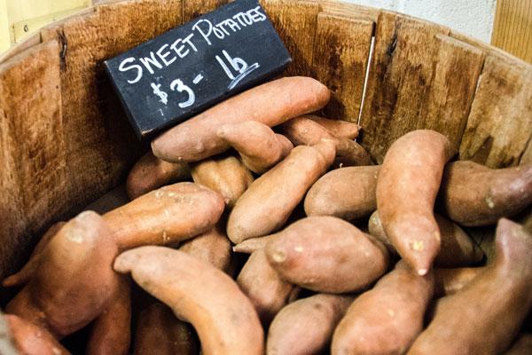 top 10 foods with health benefits - sweet potatoes