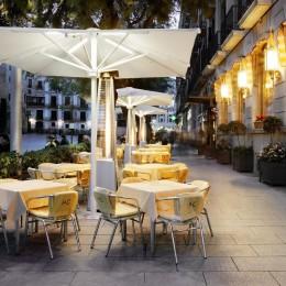 Regencia Colon Hotel кафе