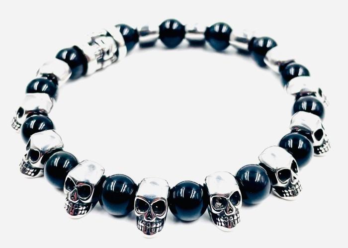 Bracelet tête de mort et obsidiennes 8 mm