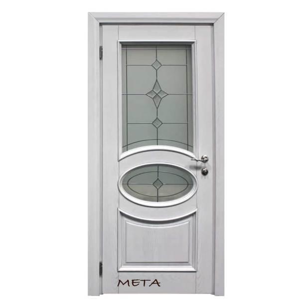 ξύλινη πόρτα εισόδου με τζάμι