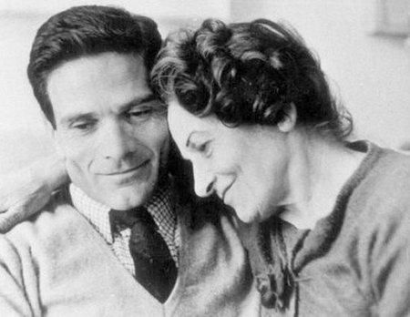 foto Pier Paolo Pasolini con la madre Susanna