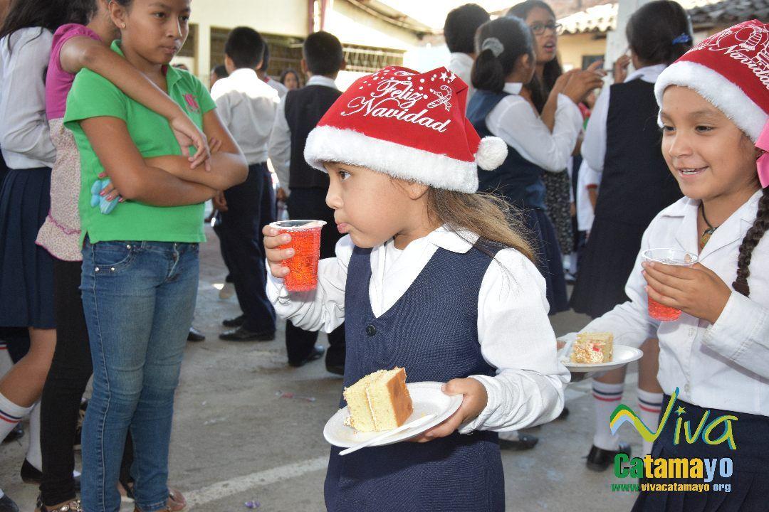 Feliz navidad 2016- Agazajo de Autoridades GADMC (5)