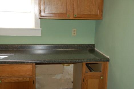 Cottage Kitchen18