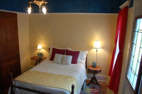 Blog Final Balc Bedroom27