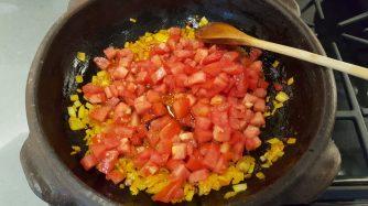 Half of tomatoes | Metade do tomate