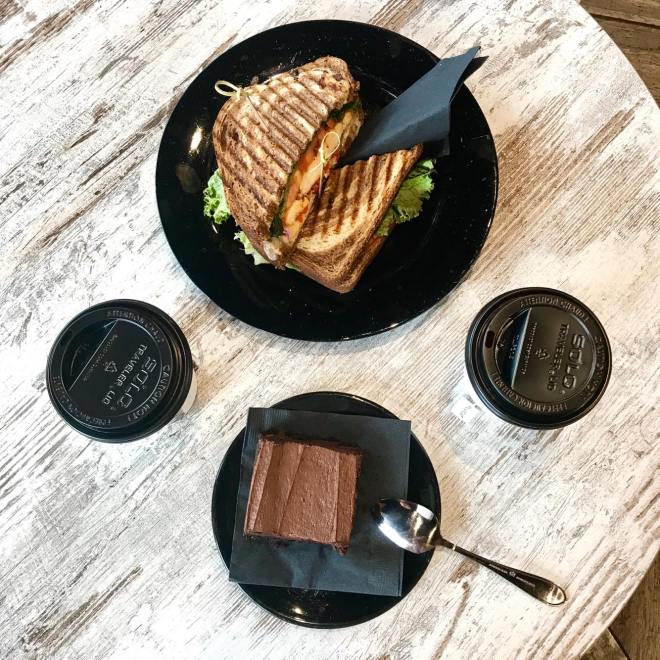BECAUSE OF THE NICE WOODEN TABLES AND NATURAL LIGHTING FROM THE WINDOWS SURROUNDING THE ENTIRE PLACE, YOU CAN SERIOUSLY TAKE A GREAT FLATLAY PICTURE!