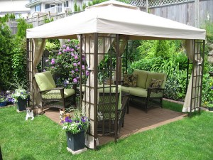 Cool-Backyard-Ideas-with-Gazebo