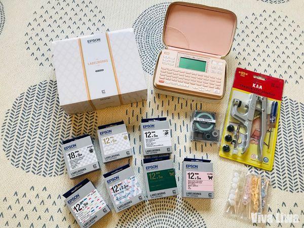 【好物】EPSON LW-K420美妝標籤機:幼兒園姓名貼、居家收納、客製化緞帶、手作控一機搞定!