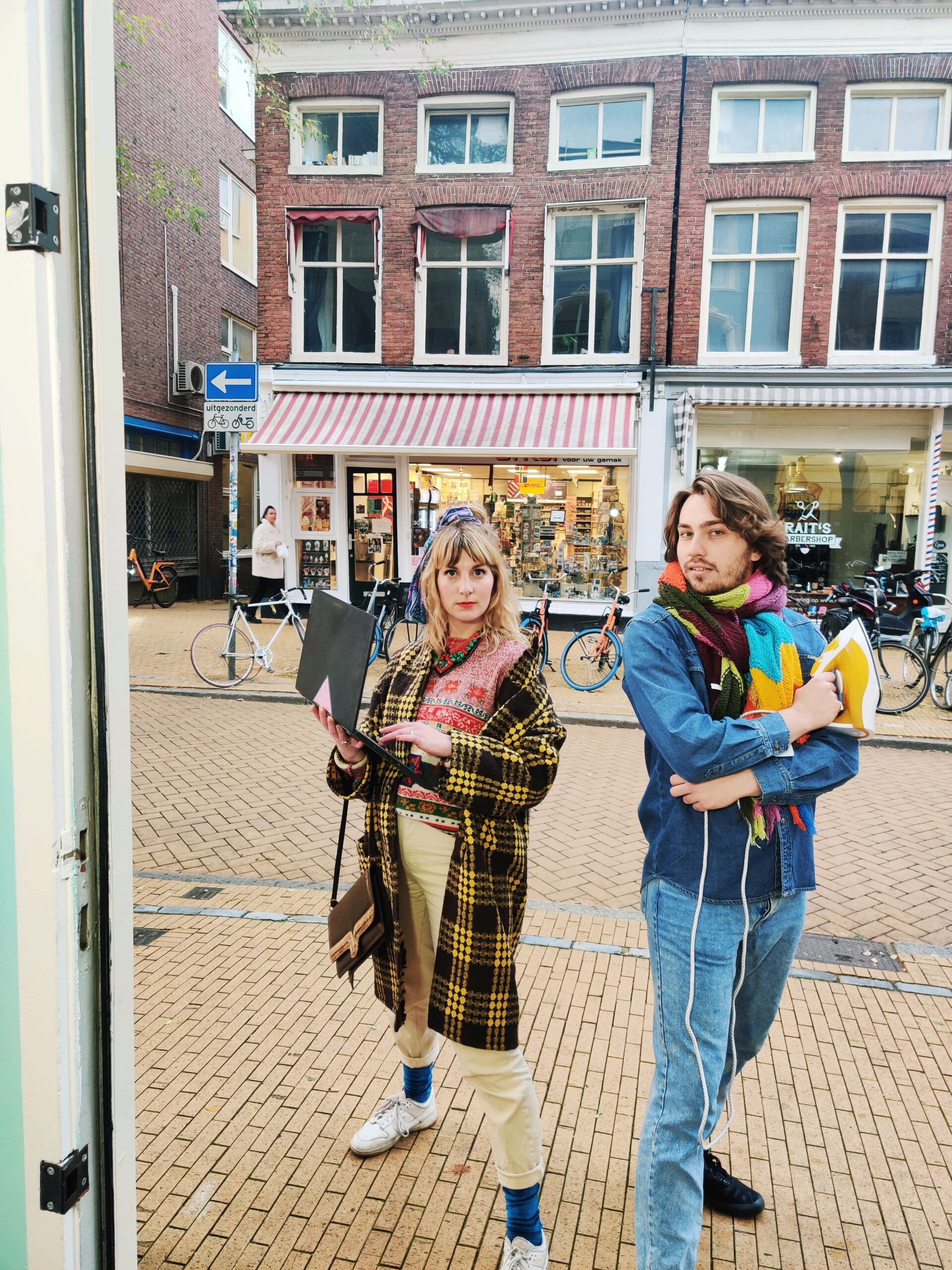 Handpicked vintage clothes for men, woman and in between