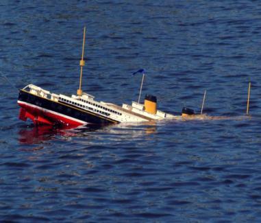 sinking-ship