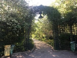 Paris's version of the Highline gardends
