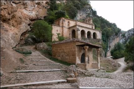 Tobera: Ermita Santa María de la Hoz