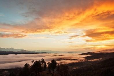 Mesmerizing sunrise over Himalayan range