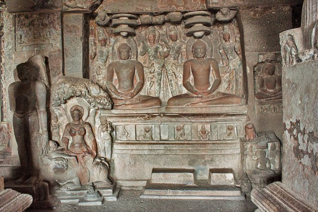 Bhagwan Mahavir in Jain temple