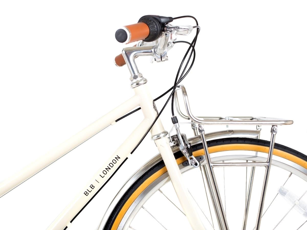 0037596_blb-butterfly-3spd-town-bike-natural-beige