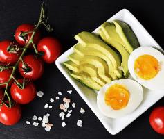 Os melhores alimentos para o cérebro para você se alimentar da maneira mais inteligente.