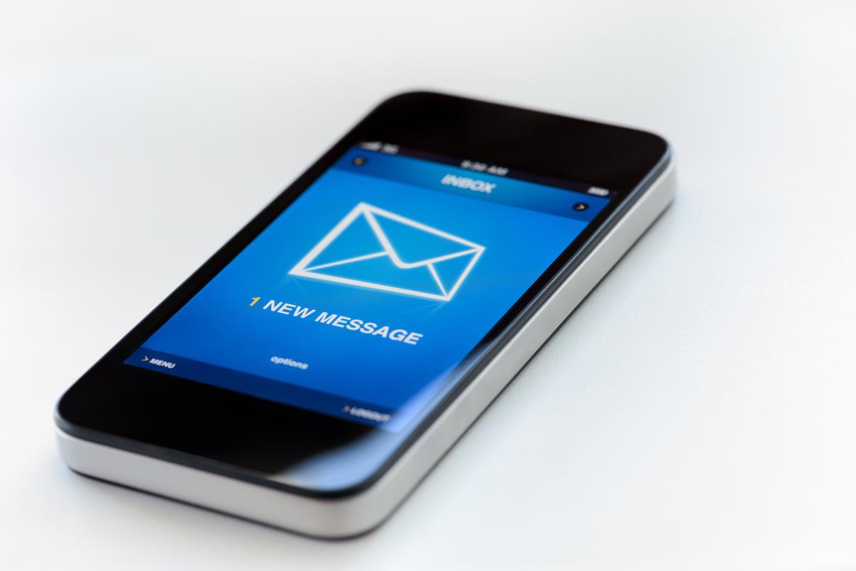 como-escrever-emails-mobile