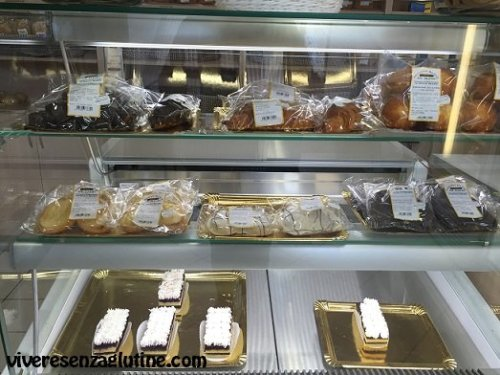 Mis Hijos gluten-free bakery