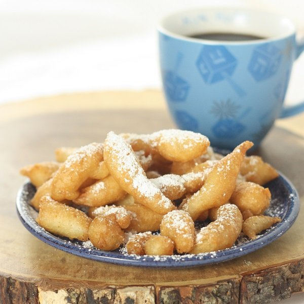 Quick and Easy Gluten-Free Funnel Cakes