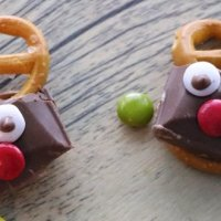 Christmas decoration: Rudolph the reindeer gluten-free choco-salty snacks