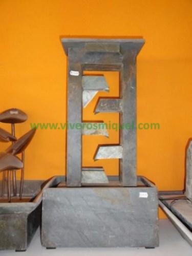 Fuente de piedra natural de mesa