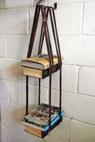 Belt-bookshelf