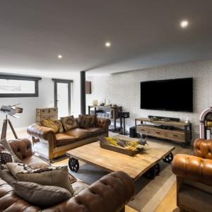 interiorismo salón con muebles de diseño