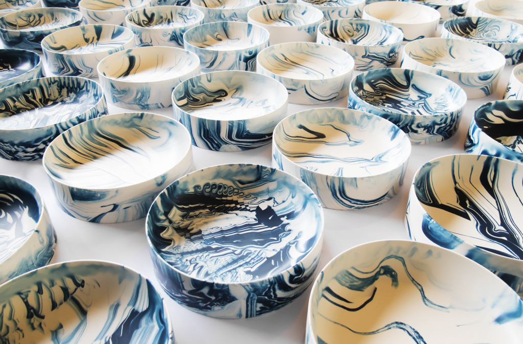 Poured-Bowls_dark-blue-many_Troels-Flensted