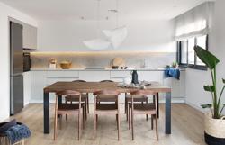 interiorismo-piso-sant-cugat-vivestudio_cocina-portada