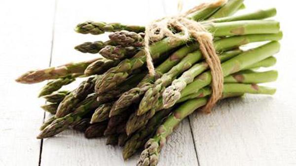 Verdure di Stagione – gli asparagi