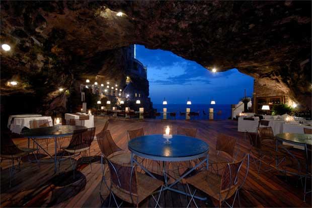 Ristorante con vista – Grotta Palazzese a Polignano a Mare