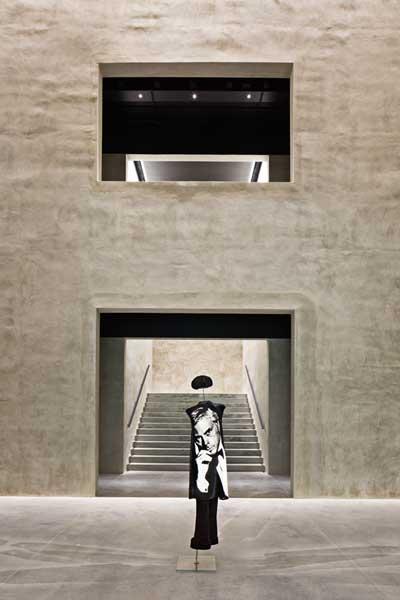 Armani Silos – apre a Milano il museo dello stile di Giorgio Armani
