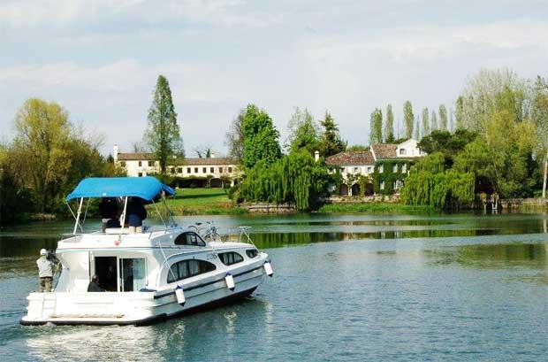 Estate 2015: Vacanze fluviali in houseboat con gli amici e la famiglia