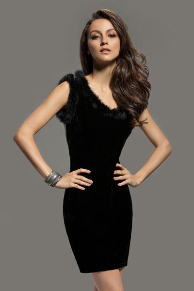 989c9a3bb140 I capi basic che non possono mancare nel guardaroba femminile per ...