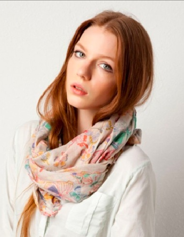 7 modi di indossare il foulard