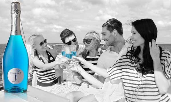 Blumond, il prosecco blu made in Italy che piace a Instagram