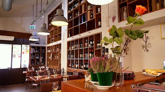 Un'enoteca con cucina a Milano in zona Bovisa: Enosteria Cibo… Enò