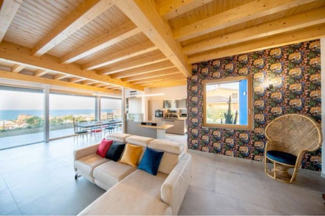 Case di design: Residenza Q, la villa in stile nordico baciata dal Mediterraneo