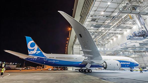 787-9 Paint hangar Roll Out