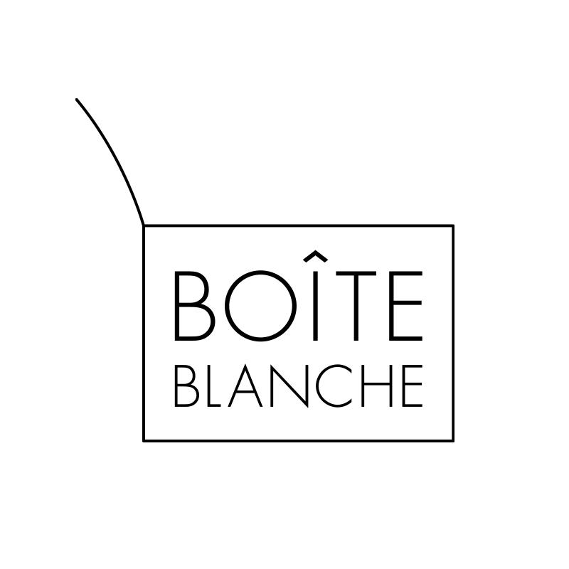 boîte blanche(ワ・ブランシュ)ロゴ