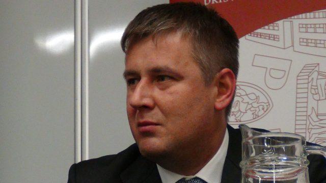 ministro de relaciones exteriores