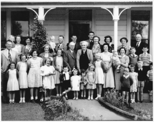 Norman Jones descendants at Jones farmhouse Christmas 1951